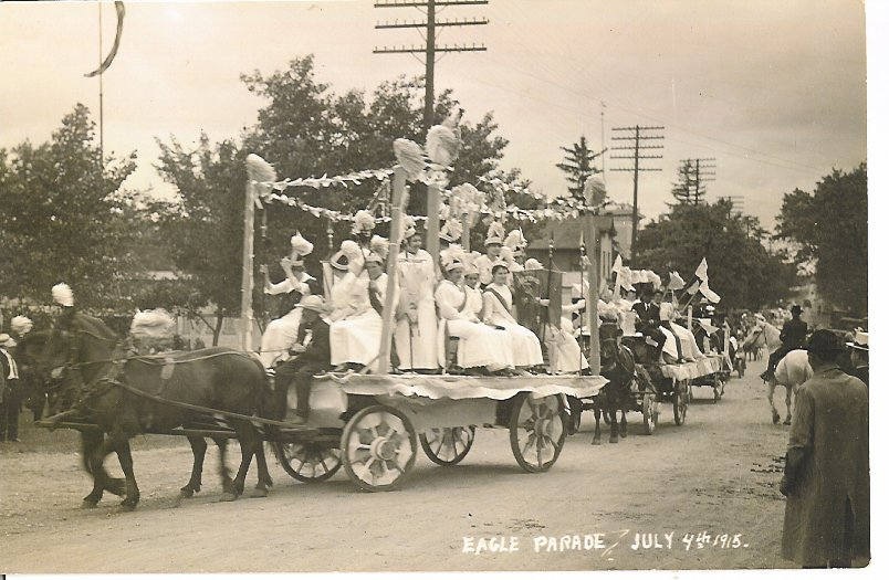 parade-4th-july-1915