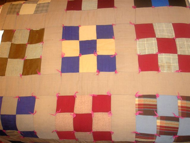 Quilts and Patches : how to hand tie a quilt - Adamdwight.com