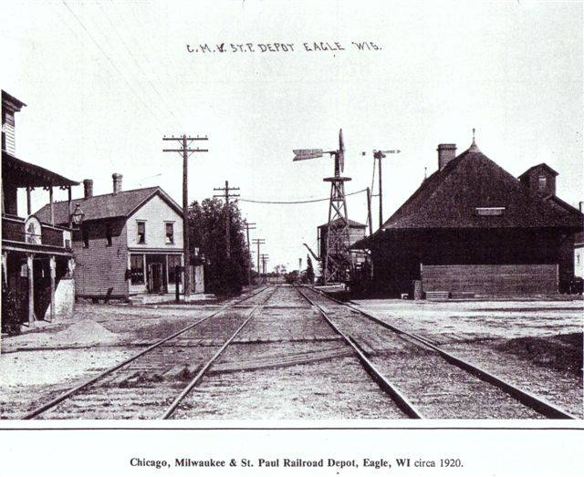 depot-chicago-milwaukee-st-paul-rr-1920-small